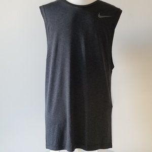 🌷🌷2/$15 NWT Nike Athletic Men's Small Tank Top